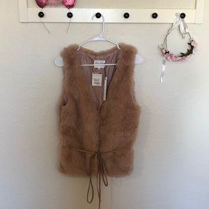 Rose gold Faux Fur vest for women size large NWT